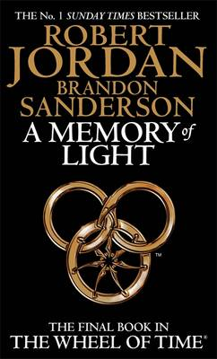 A Memory of Light - The Wheel of Time Book 14 (Paperback)