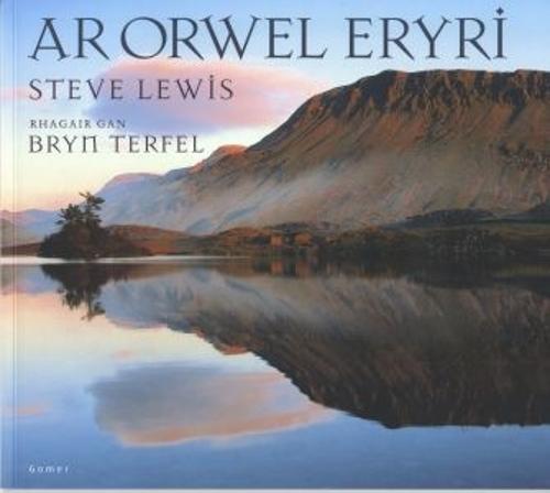 Ar Orwel Eryri (Paperback)