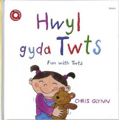 Hwyl Gyda Twts: Play with Twts (Hardback)