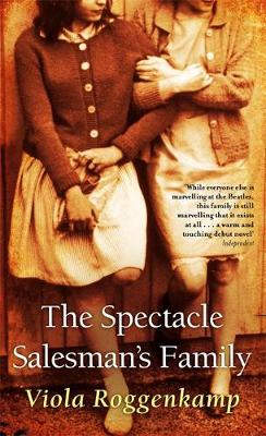 The Spectacle Salesman's Family (Paperback)
