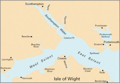 Imray Chart C15: The Solent (Sheet map, folded)