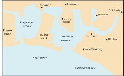 Imray Chart Y33: Langstone and Chichester Harbours (Sheet map, folded)