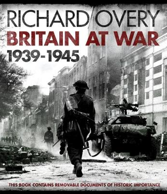 IWM: Britain at War 1939-1945 (Hardback)