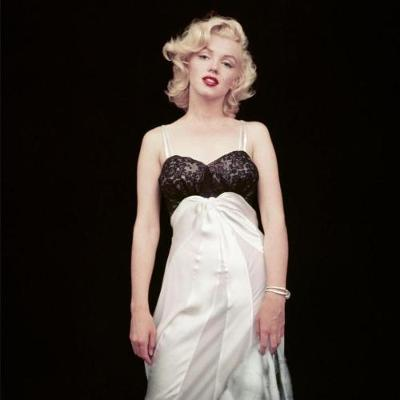 The Essential Marilyn Monroe: Milton H. Greene: 50 Sessions (Hardback)