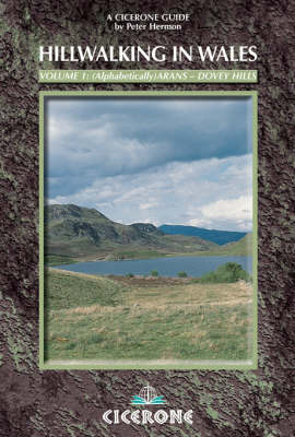 Hillwalking in Wales - Vol 2 (Paperback)