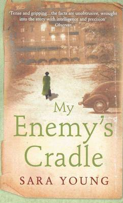 My Enemy's Cradle [Large Print]: 16 Point (Paperback)