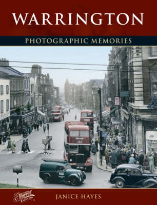 Warrington: Photographic Memories (Paperback)
