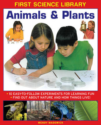 First Science Library: Animals & Plants (Hardback)