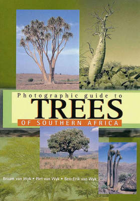 Photographic guide to trees of Southern Africa (Paperback)
