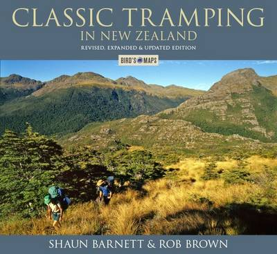 Classic Tramping in New Zealand (Paperback)