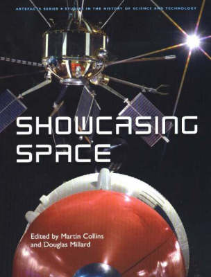 Showcasing Space - Artefacts S. (Hardback)