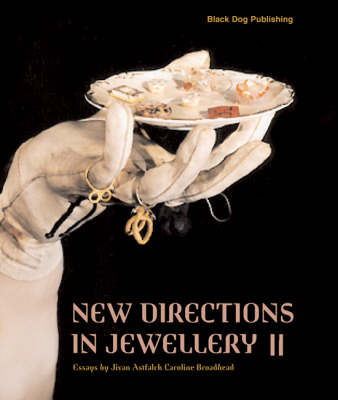 New Directions in Jewellery: v. 2 (Paperback)