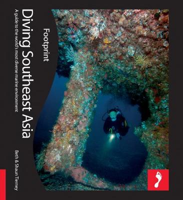 Diving South East Asia Footprint Activity & Lifestyle Guide - Footprint Activity & Lifestyle Guide (Paperback)