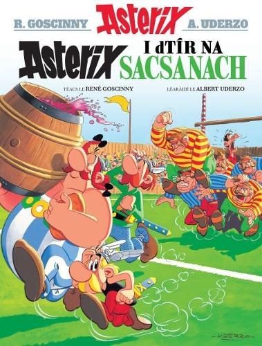 Asterix i Dtir Na Sacsanaich (Irish) (Paperback)