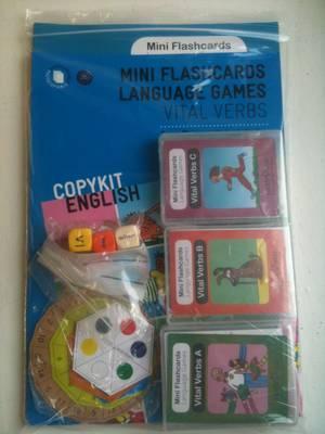 Vital Verbs Kit: Vital Verbs Kit - Mini Flashcards Language Games