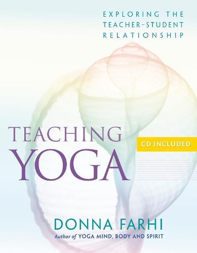 Teaching Yoga (Paperback)