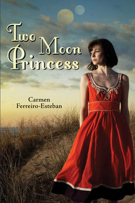 Two Moon Princess (Paperback)