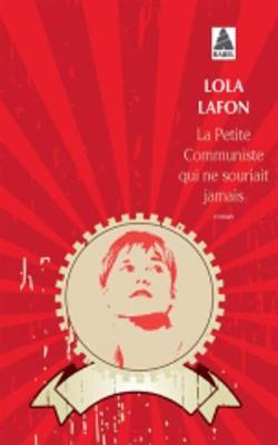 La Petite Communiste Qui Ne Souriait Jamais (Paperback)