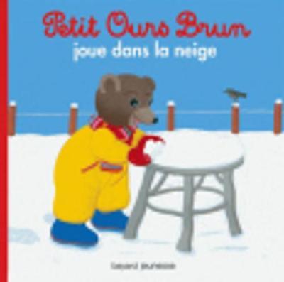 Petit Ours Brun: Petit Ours Brun joue dans la neige (Paperback)