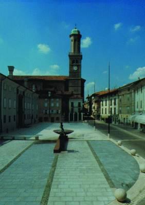 Offene Raume / Public Spaces. Boris Podrecca: Designs for Urban Square in Europe (Book)