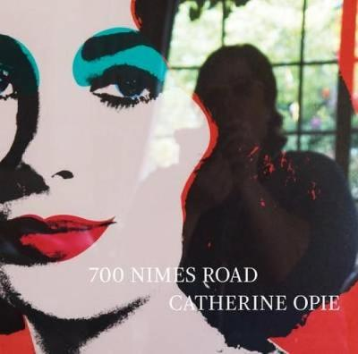 700 Nimes Road (Hardback)