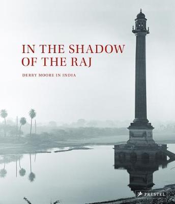 In the Shadow of the Raj (Hardback)