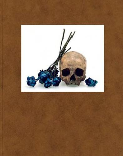 David Bailey: Flowers, Skulls, Contacts (Hardback)