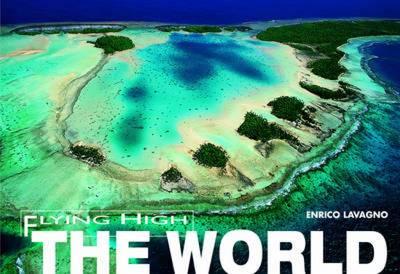 The World: Flying High (Hardback)