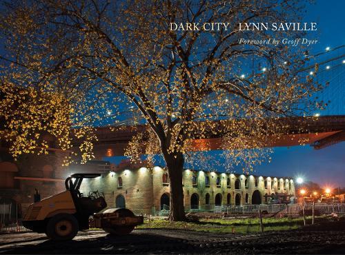 Dark City: Urban America at Night (Hardback)