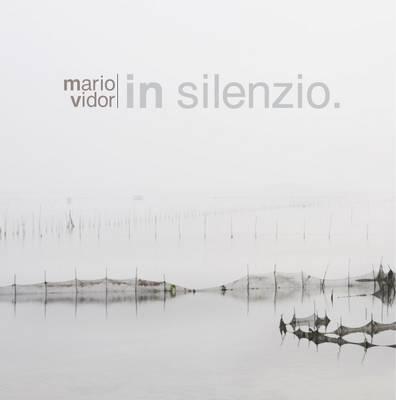 In Silence (Hardback)