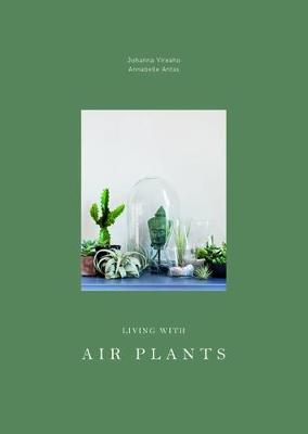 Living with Air Plants (Hardback)