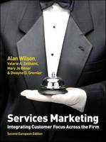 Services Marketing: Integrating Customer Focus Across the Firm (Paperback)