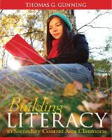 Building Literacy in Secondary Content Area Classrooms (Hardback)