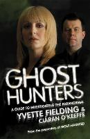 Ghost Hunters: A Guide to Investigating the Paranormal (Paperback)