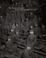 The Theatre of the Face: Portrait Photography Since 1900 (Hardback)