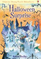Halloween Suprise - Usborne Cut Out Models (Paperback)