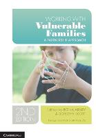 Working with Vulnerable Families: A Partnership Approach (Paperback)
