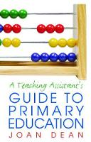 A Teaching Assistant's Guide to Primary Education (Hardback)