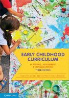 Early Childhood Curriculum: Planning, Assessment and Implementation (Paperback)