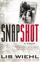 Snapshot (International Edition) (Paperback)
