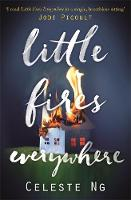 Little Fires Everywhere: The New York Times Top Ten Bestseller (Paperback)
