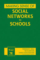 Making Sense of Social Networks in Schools (Hardback)