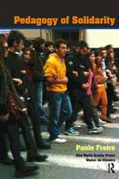 Pedagogy of Solidarity - Qualitative Inquiry and Social Justice (Hardback)