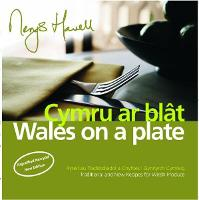 Cymru ar Blat/Wales on a Plate (Paperback)