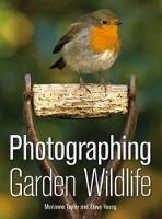 Photographing Garden Wildlife (Paperback)