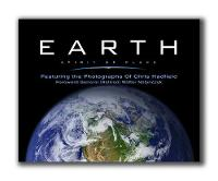 Earth, Spirit of Place: Featuring the Photographs of Chris Hadfield (Hardback)