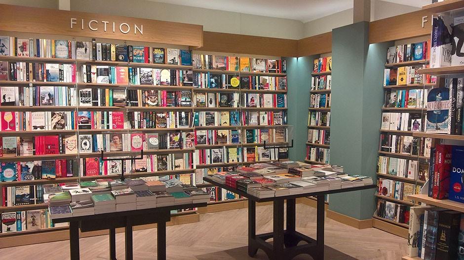 Bookshop In Edinburgh Fort Kinnaird Waterstones