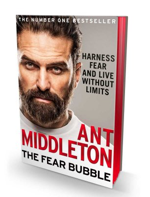 The Fear Bubble: Harness Fear and Live without Limits - Signed Exclusive Edition  (Hardback)