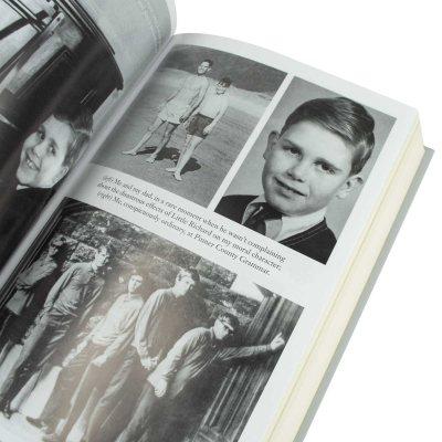 Me: Elton John Official Autobiography (Hardback)