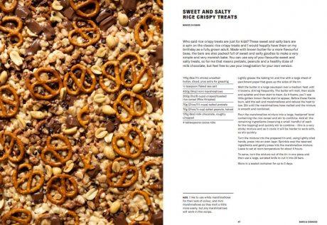 One Tin Bakes: Sweet and simple traybakes, pies, bars and buns (Hardback)